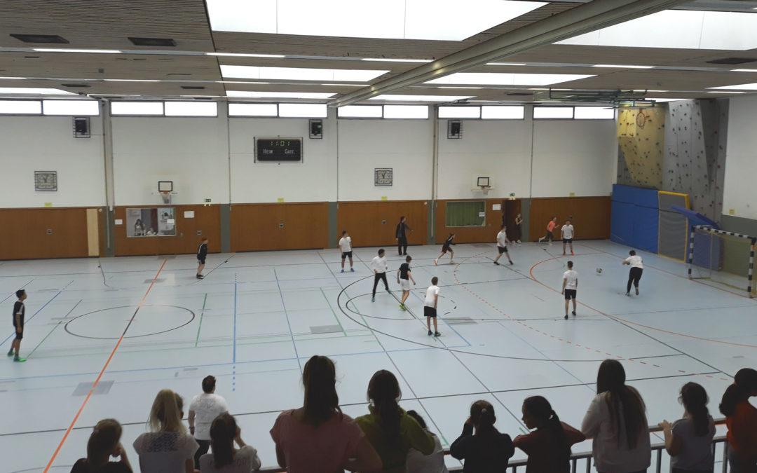 Fuß- und Völkerballturnier
